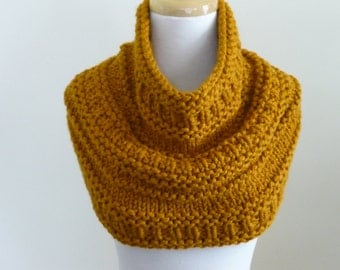 Knit Cowl, Chunky  Cowl, Infinity Scarf, Circle Scarf, Neck Warmer, Snood, Textured Cowl in Butterscotch - Ready to Ship