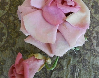 1930's Pale Pink Silk Flowers