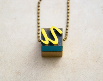 Vintage wooden typographic necklace. Antique bronze chain. Letter U Yellow blue violet wood
