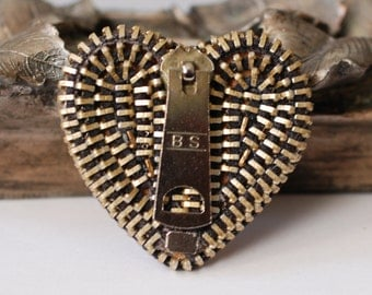 BS Vintage Zipper Brooch - Reuse - Repurpose - Recycle - Upcycle - Zipperedheart
