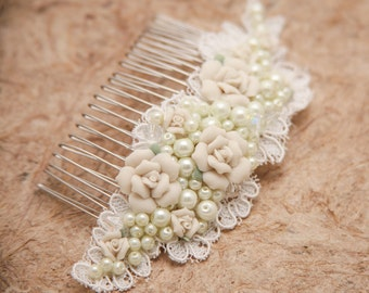Lace Wedding Comb with Vintage Porcelain Flowers and Pearls, Ivory Wedding Headpiece, Wedding Hair Beaded Headpiece