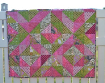 Pink Diamonds Quilt  *free shipping*
