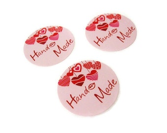 Round sticker labels - Handmade with pink hearts (XS103)