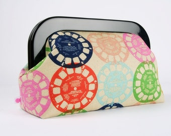 Clutch purse with resin frame - Viewfinders in multi - Home purse / Cotton and Steel / Playroom Melody Miller / Vintage inspiration / Mod