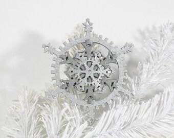 Industrial Silver Cool Metallics 5-inch Steampunk Snowflake Gears Ornament