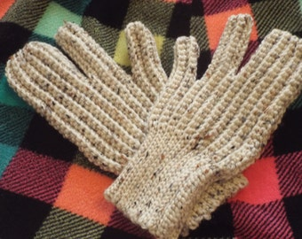 Driving Gloves Knitting Pattern : Primitive Table Runner Rag Quilted Dresser by ...