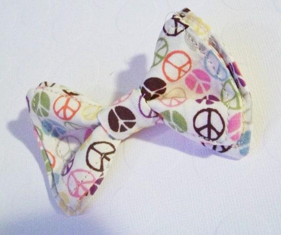 Boys Bow Tie - Peace Sign Bow Tie - Bow Tie Toddler - Newborn Bow Tie - Bowtie - Peace Bow Tie - Hippie Bow Tie - Beatnik Bow Tie