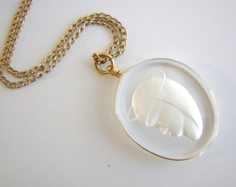 Vintage gold and etched  Virgin Mary necklace (N16)