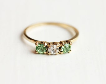 Green Crystal Ring - Size 4