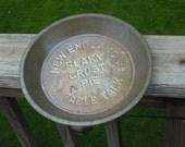 "Wonderful vintage Table Talk pie tin ""New England Flaky Crust Pie"""