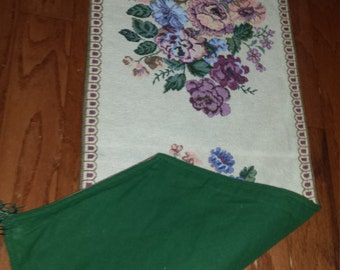 "VINTAGE 1990s Victorian Floral Bouquet Woven Stitched Tapestry Long Table Runner Reversible Green Side 12""W x 72""L w/Pointed Ends & Tassles"