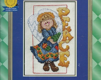 """Janlynn Counted Cross Stitch Peace Angel, The Spirit of Christmas, Designed by True Colors 5""""x7"""" Picture, 2002 Kit"""