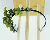 Mother Earth laurel leaf and berry hair band with navy ribbon. Super comfortable fit. Spring green. Mother nature natural leaves 0086