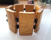 Handmade Mica Shift Golden Tile Bracelet