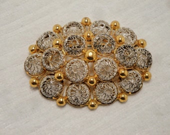 Vintage Oval Shaped Silver and Goldtone Wire Mesh Brooch