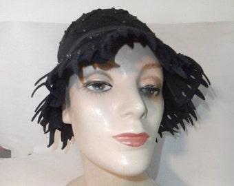 Womens Hat  Black 100% Wool Felt Hat   Mr. Milton  1960's Womens Vintage Hat
