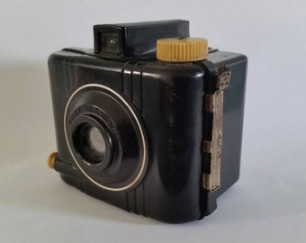 Tiny 1938-42 Vintage Camera Baby Brownie Kodak Bakelite Mid Century Modern Simple Retro