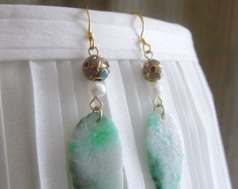 Old Jade earrings, Antique Jade earrings, Jade leave earrings, carved leave, old cloisonne earrings, gold vermeil earrings