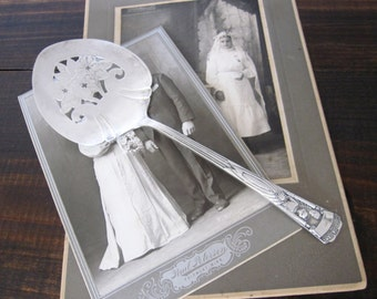 Vintage Wedding CONGRATULATIONS Bride & Groom Silverplate Tomato Server, WM Rogers, Cake Knife Server