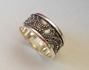 Balinese Sterling Silver granulation technique ring / silver 925 / Bali handmade jewelry / Size: 10 ready to ship