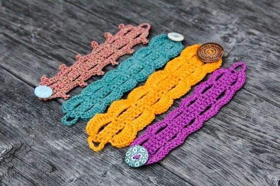 Slap Chop a stylish crochet bracelet pattern in 3 versions