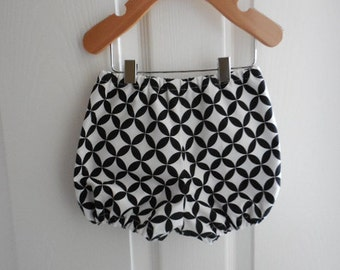 Black and white circles baby infant toddler diaper covers bloomers