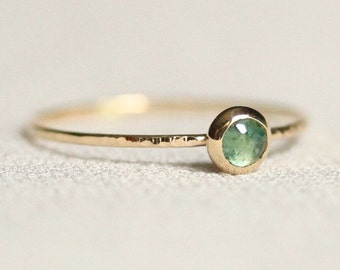 Delicate Rose Cut Emerald 14k Gold Ring - Solid 14k Gold Stack Ring - Simple and Tiny Dainty Ring with Hammered Band - May Birthstone Ring