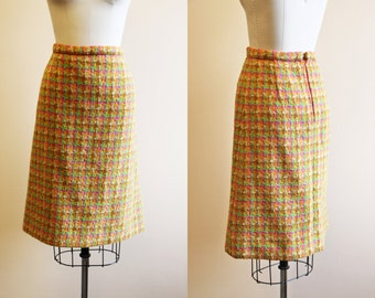 50s Skirt - Vintage 1950s 1960s French Mustard Pink Tweed Plaid Wool Pencil Skirt L -