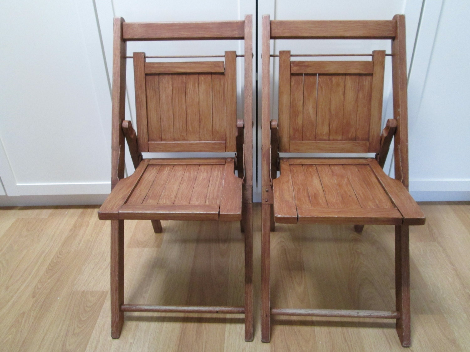 painted wooden folding chairs images