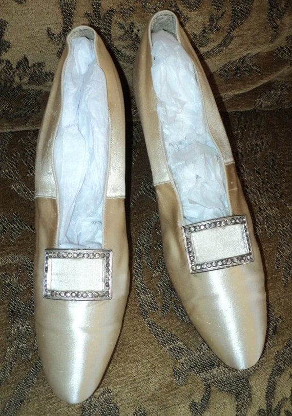 Antique Early Edwardian Cream Silk Wedding Shoes Rhinestone
