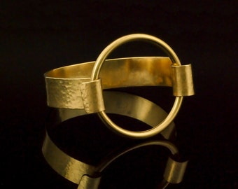 Simple Circle Textured Brass Bracelet