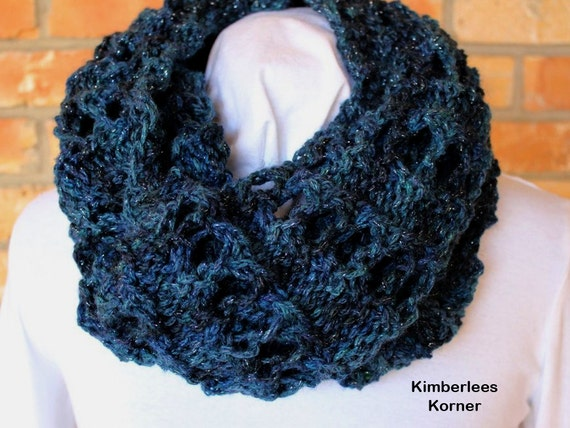 Eyelet Lace Scarf Knitting Pattern : Knit Cowl Pattern Chains of Eyelets Knit Cowl Chunky Knit