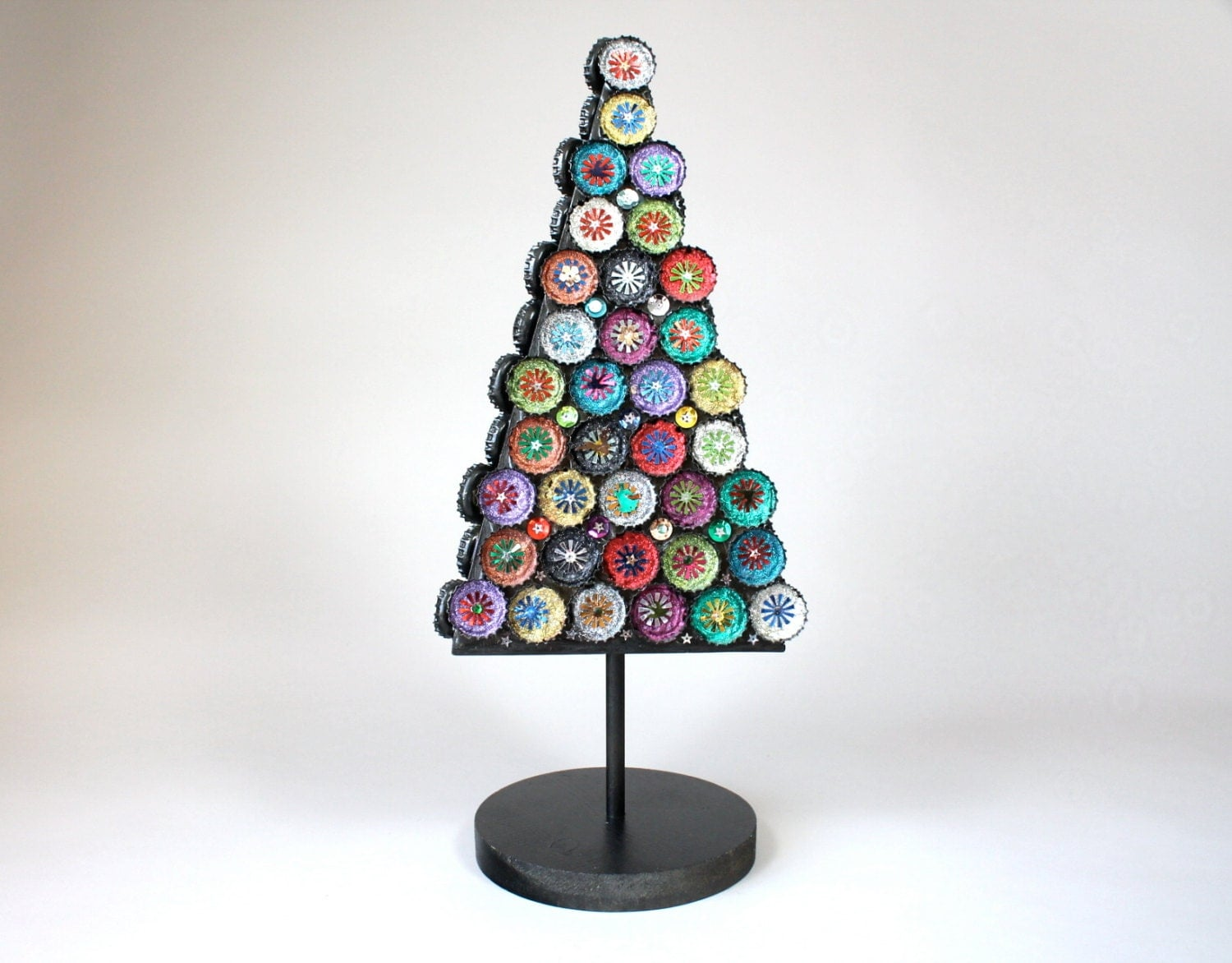 folk art bottle cap christmas tree vintage christmas tree