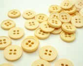 """Warm Off-White 1/2"""" (13 mm) buttons, Qty 70"""