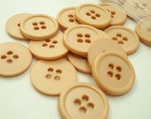"""Tan 5/8"""" (16 mm) buttons, Qty 22"""