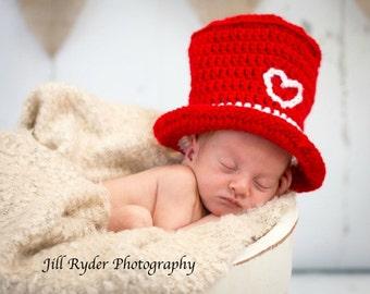 Valentine Baby Top Hat in crochet, Valentine Photo prop,
