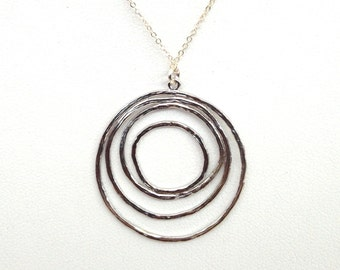 Silver Circles Necklace, Sterling Circle Necklace, Concentric Silver Plated Charm, Delicate Multi-Circle Loops Pendant. TN238