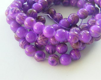 108 Purple glass beads B172