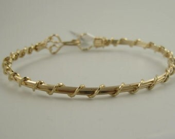 WSB-0118 Handmade 14k Gold Filled Wire Wrapped Bangle Bracelet