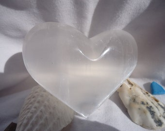 Selenite Heart - Medium