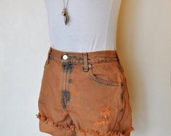 Orange Sz 6  Levi's 550 Denim Shorts - Hand Dyed Orange Urban Style Denim Distressed Vintage Cut Off Shorts - Adult Womens Size 6 (28 Waist)