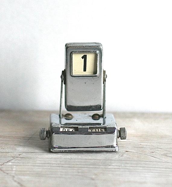 perpetual flip calendar small silver metal mid century desk