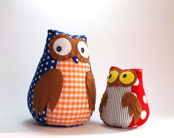 One small and one medium owl toy owls Owl toy plush owl staffed owl plush doll toy