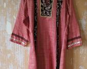 vintage.  Indian Cotton Coton Blend Tunic Kurta Dress with Velvet and Sequins Details // M to L