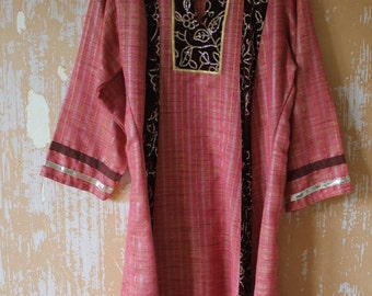 vintage.  Indian Cotton Coton Blend Tunic Kurta Dress with Velvet and Sequins Details // M to L