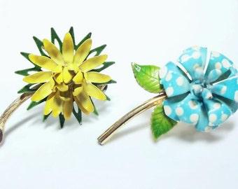 2 Small Vintage Enameled Flower Pins 1960's In Sunny Yellow & Aqua Polkadot