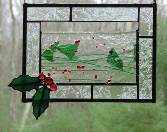 Holly berries stained glass suncatcher, Christmas winter suncatcher, winter berry, red green, small panel, window decor, small panel