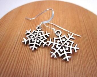 Winter Earrings -- Winter Dangle Earrings -- Snowflake Earrings -- Snowflake Dangles -- Silver Snowflake Earrings -Snowflake Dangle Earrings