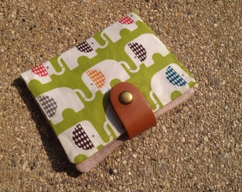 Tissue/ Tampon Pad Wallet - green elephant