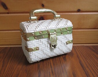 1960s White Woven Vintage Box Purse, Handbag Styled by Encore, Made in Hong Kong